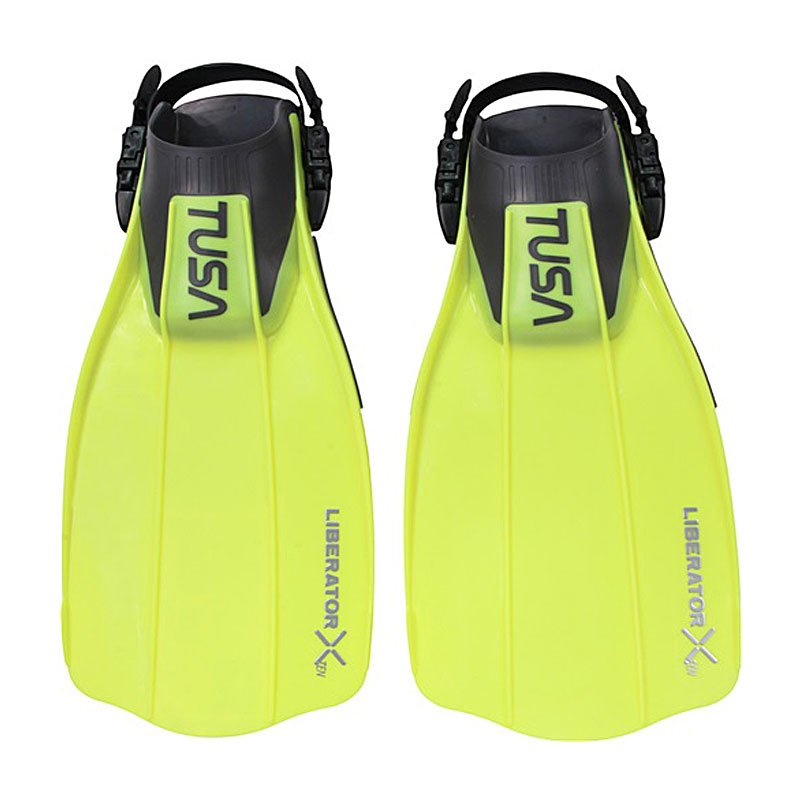 Open Heel Fins Available at Belize Pro Dive Center